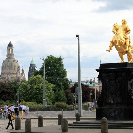 Дрезденские памятники и скульптуры -1