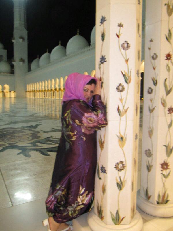 Белая мечеть-жемчужина Абу Даби