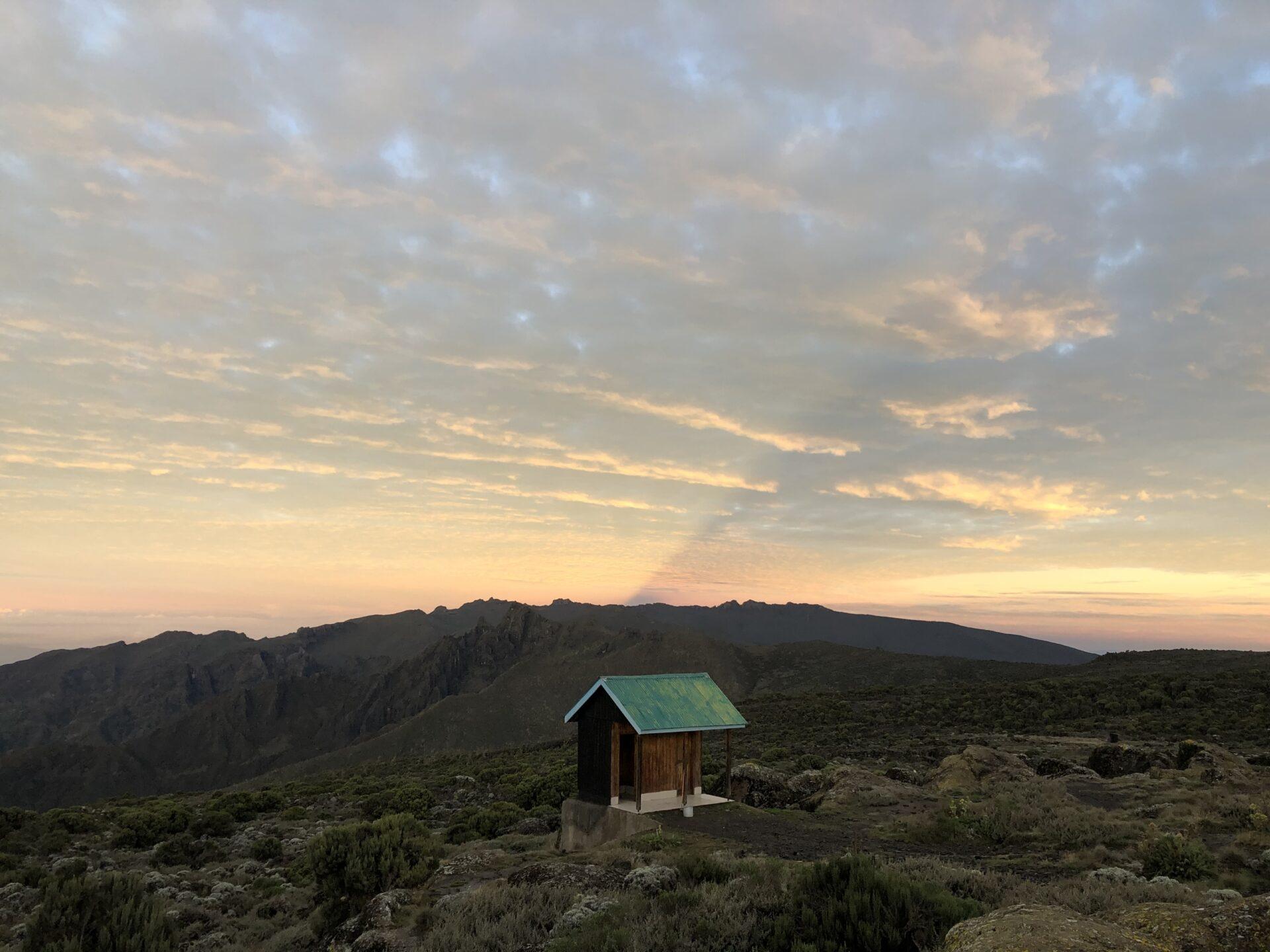 Килиманджаро вдекабре, сафари ипляжный отдых— часть 1