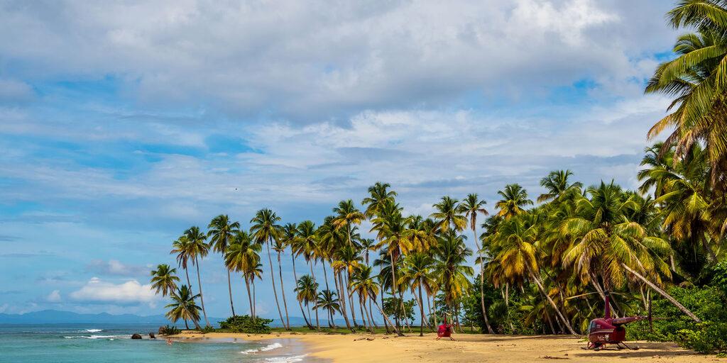Доминикана. Пляж Эсмеральда (Playa Costa Esmeralda)
