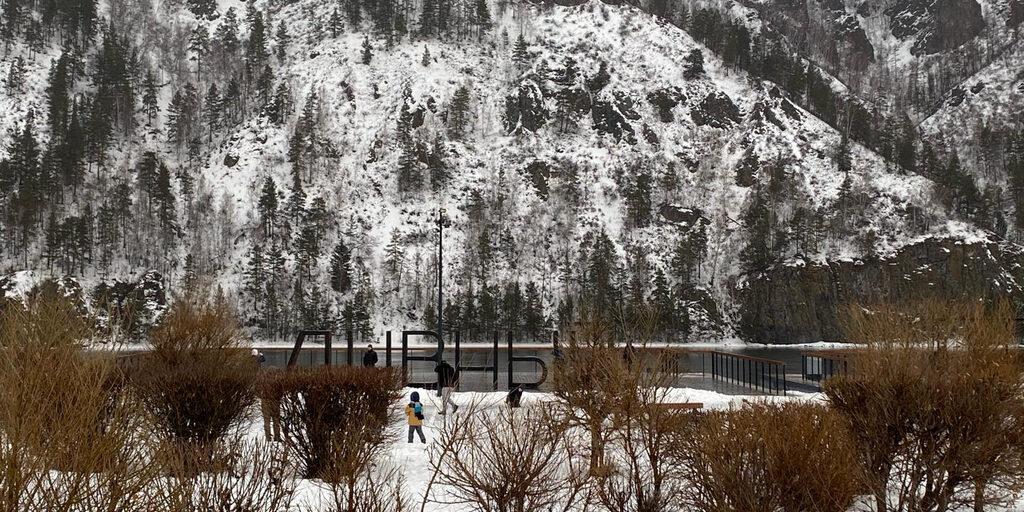 Прогулка по берегу реки Енисей в Дивногорске
